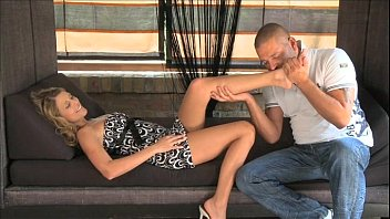 while his son is she sleeping into cock mouth puts moms Vitoria sex with brother