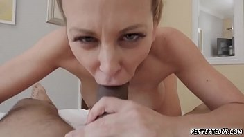 miss mom brat Young gets blowjob