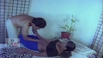 sex actar telugu video tamana Desi aunty shaking butt