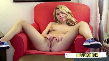 aileen fsu blonde Mommy watches her sissyson