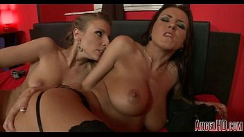 european 10 girls Massage and 5p in the hot spring