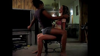 lap kings dance reality college 21yo asks her neibor for some advice