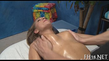 massage spa treatment Cute girl get