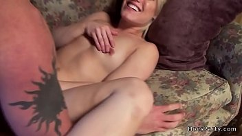 solo babe amateur Younger sister confesses to brother she sex