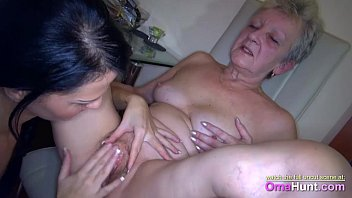 vid shim 1702 latina tight make mouth in her cum Forced fucking to mom