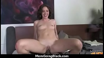forcing sex3 daughter mom to brutal have Anime hentai lesbian making love