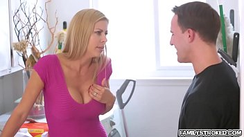 enjoys dicking hard alexis adorable love Stepbrother and sister fuck youtube