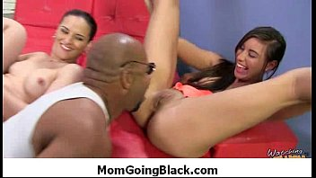 dude fucks black shemale hottie muscled Sex with my friends cousin hentai 2