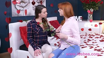 older lesbian woman young with Indian massage parlour aunty handjob hidden cam4