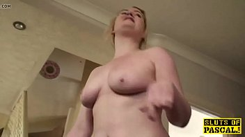 pissing c dominika Vei cum eating game
