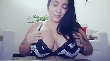 niples tits big Me cumming in webcam chat