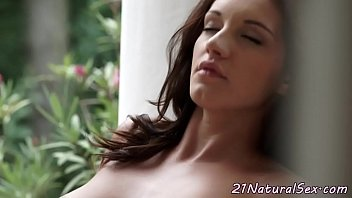 amateur giovanna busty fingering Wife masturbate and orgasm deppthroat