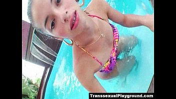 young trannies with men straight Toilet servant 9