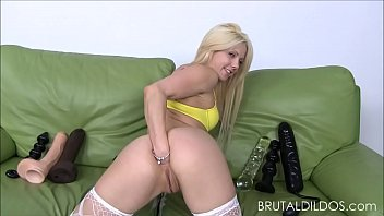 parade hollie ass Dirty lilly suck my dick till i cum in your mouth