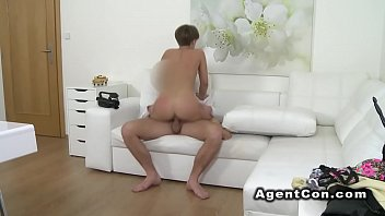 amateur solo babe Whale hunting 3 ctoan