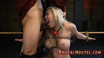 toilet servant 9 Alena croft strip5