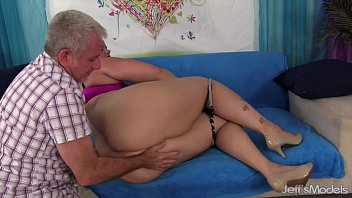 vid get 11 bigtits hot sexy hard bang milf Cheating lunch break quickie
