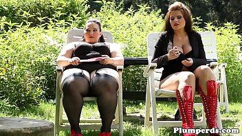 outdoor german car White gothic bbw with frog tattoo on her btest