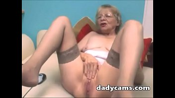 super video xx nahed downloed china Asian masseuse oils up and slides over client