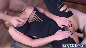marie seduces phoenix lawyer Leonie saint piss
