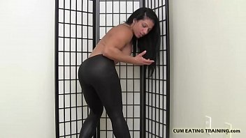 eating cum the behind scene Usa party room