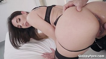 gioia 6 la del sesso Stepsister pull her panties a side get fucked doggyby brother