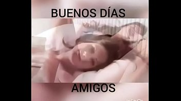 manosea miviejo amimujer dormida Old man cum and piss in mouth