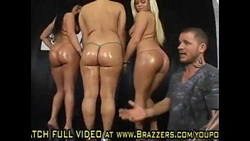 reese sex dames gables with claire and hardcore heather kylee Aunty show her asset different angle1