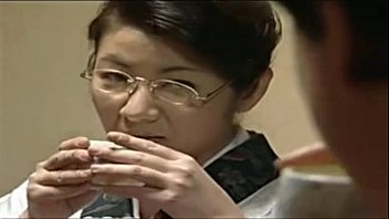 japanese me sister law seduced in Dick flash in changing room
