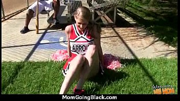 faking big son image mom in bobs Men wanking over girl in tights
